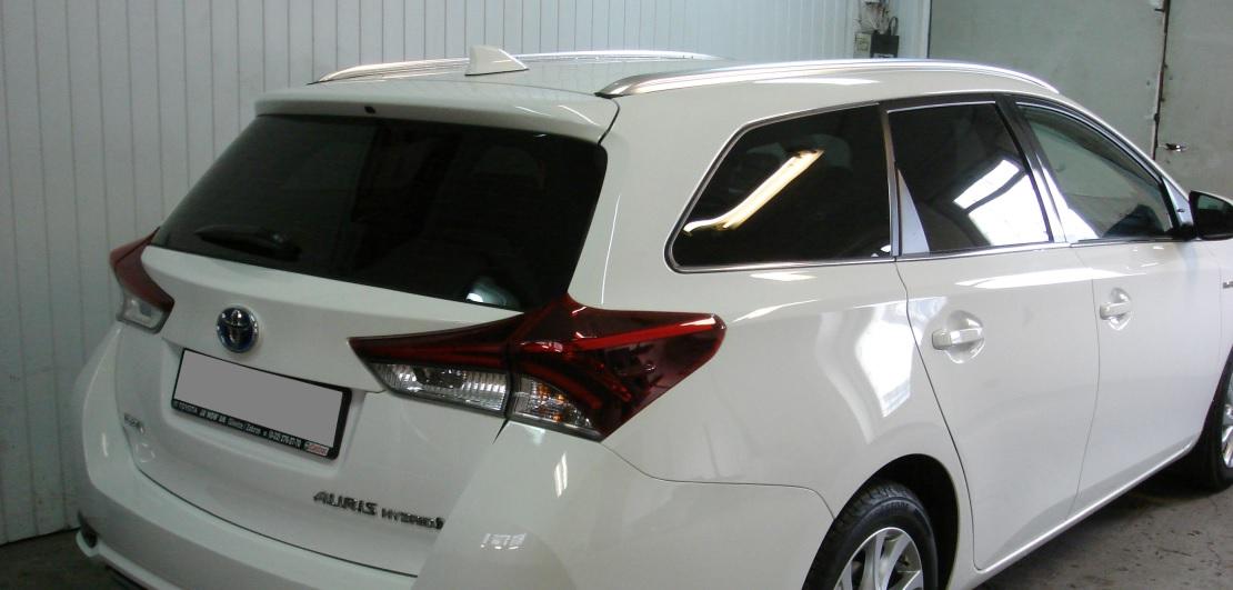 Toyota Auris Hybrid  | Folia GLOBAL GP Premium | Tył 20% przepuszczalności światła